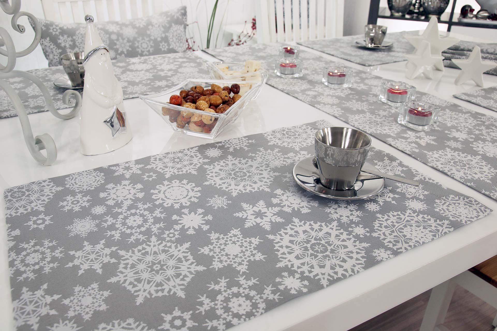 galerie die sch nsten weihnachtsbilder von tischdecken weihnachten. Black Bedroom Furniture Sets. Home Design Ideas